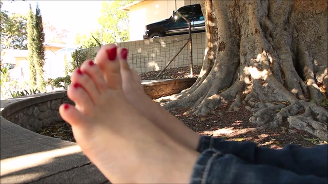 Nor Cal Feet - Shelby, Harlow Interview 00012