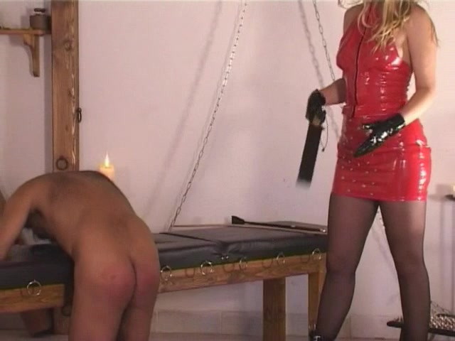 OWKS150-5 WHIPPING – THE LESSON FOR CLEANING SLAVES – OWK FILM _ OTHER WORLD KINGDOM 00006