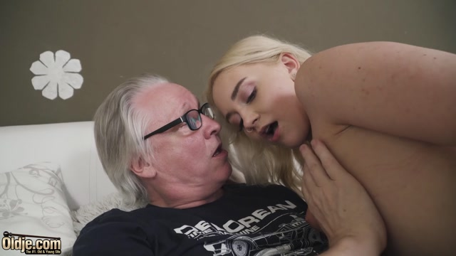 Oldje 773 - Marilyn Sugar - Extremely Horny 00003