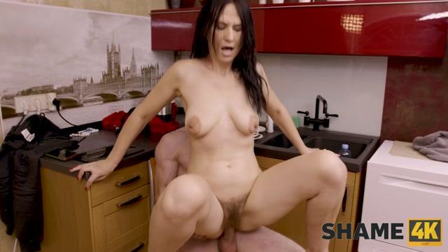 Shame 4k - Angela MILF 00012
