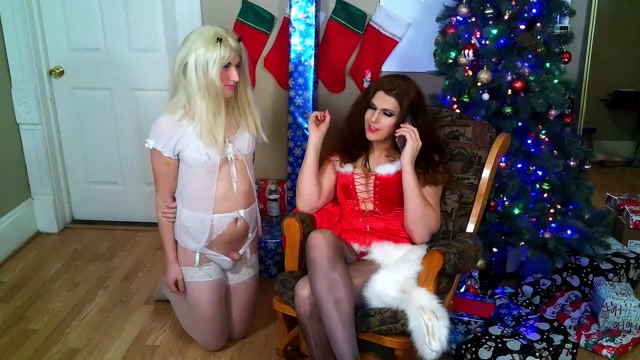 Tia Tizzianni - Mistress Bailey Humiliates Sissy w_ Sex 00002