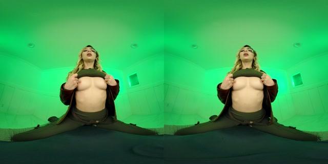 VRCosplayx - Star Trek A XXX Parody - Lily Larimar 4K 00005