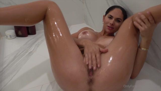 Aspen Rae - Oil Extra Creamy Pussy Giant Dildo Cock Suck 00010