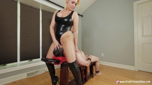 BRAT PRINCESS 2 - Becky and Natalya - SMOTHER THEIR SLAVE 00012