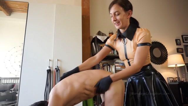 Bondage Liberation - Elise Graves - Inflatable Gimp Face Sitting - Femdom 00000
