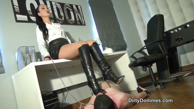 Dirty Dommes: Fetish Liza - Casadei Boot Domination In The Office 00009
