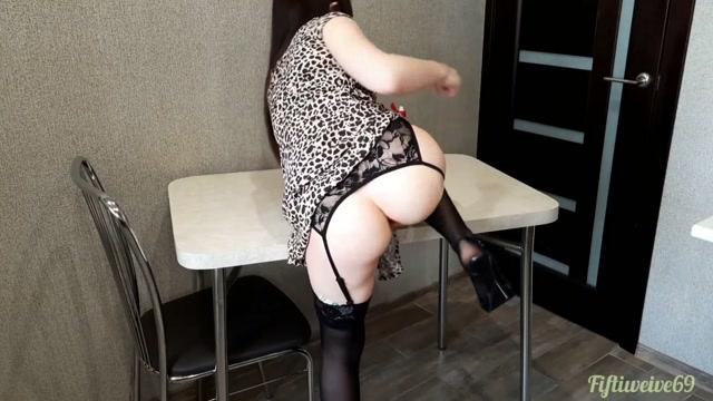 Fiftiweive69 anal prolapse stretching on the table homemade 00005