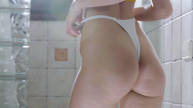Fitting-Room presents Jessika Night - Nextdoor Booty Babe 00008