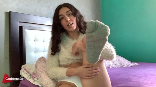 GoddessDri CUM to my Dirty Socks 00001