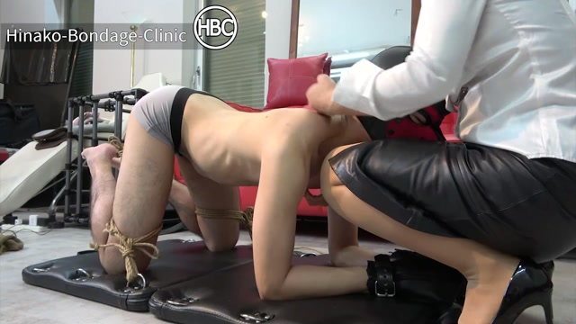 Watch Online Porn – Hinako Bondage Clinic – Predicament Bondage Hands Tied Together, Balls Tied to Toes and Gagged (MP4, FullHD, 1920×1080)