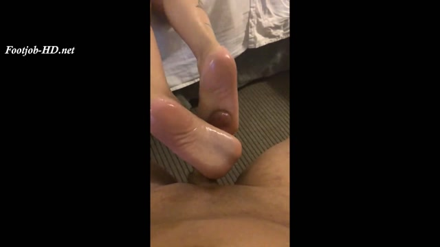 Watch Online Porn – La Princessa aka Petite Feet's Backstroke Milking – Milking Footjobs (MP4, FullHD, 1920×1080)