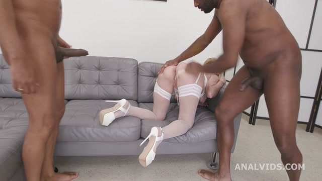 Watch Free Porno Online – LegalPorno presents Dirty talking goes wet with Yelena Vera, 3on1, BBC, DAP, DP, Manhandle, Big Gapes, Pee Drink, Creampiee to Swallow GL473 – 03.06.2021 (MP4, HD, 1280×720)