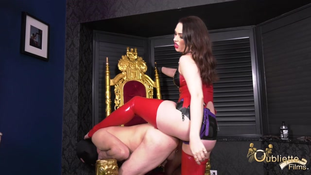 Oubliette - Gynarchy Goddess - Suck My Toes Whilst I Fuck Your Ass 00003