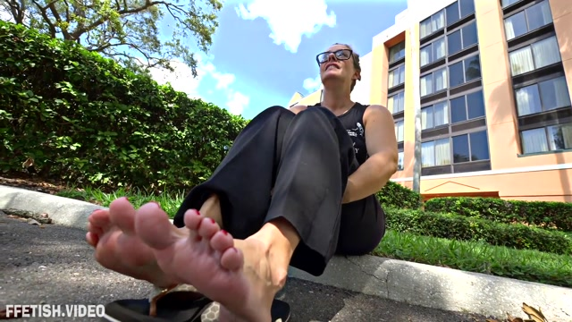 Perversion Productions - Kristen Cameron - Shhhhh Low Key Foot Wank JOI JOE 00008