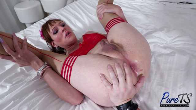 Pure-ts presents Shinnoah Vegas Mature Trans Babe Knows What She Wants – 11.06.2021 00004