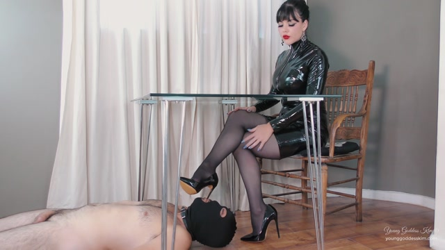 Young Goddess Kim - Permanent Foot slave 00007