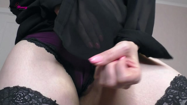 miss honey barefeet - pussy sniffing loser 00009