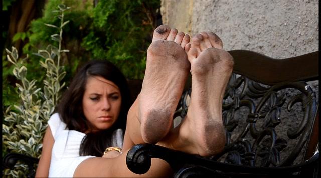 Barefoot Urban Girls - SWAINS dirtysoled Italian dreamgirl HD 00012