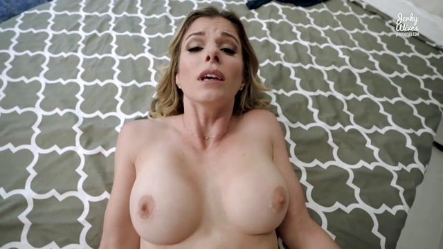 Watch Online Porn – Cory Chase – Surprise Birthday Weekend with My Mom (MP4, FullHD, 1920×1080)