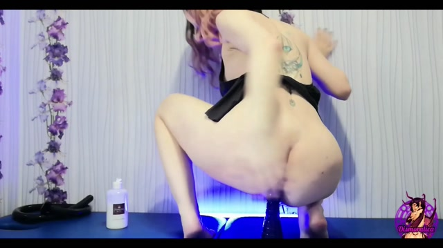 Dismoralica VERY DEEP anal insertions 50 cm n squirt 00013