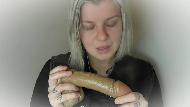 Elle Hell sucking dick is the only way you ll lose your virginity 00013