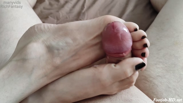 FootJob. Beautiful toes - RichFantasy 00001