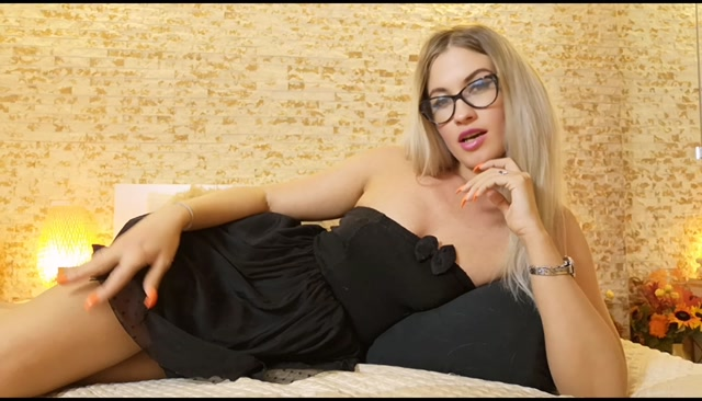 Goddess Natalie - Mesmerized to become addicted to me 00000