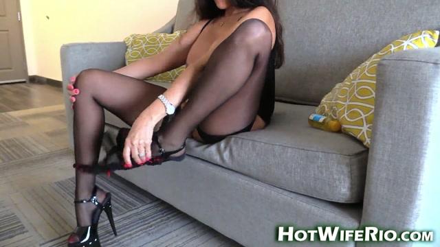 Watch Online Porn – HotWifeRio – CHEATING WIFE CREAMPIE 3 (MP4, FullHD, 1920×1080)