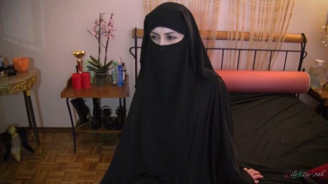 Watch Online Porn – Layan Sasi – POV Blowjob (MP4, FullHD, 1920×1080)