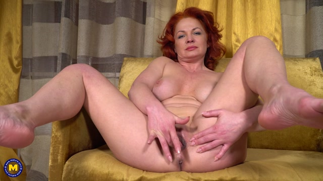 Watch Online Porn – Mature.nl presents Sunny Q (46) – Shaved redhead MILF Sunny Q is getting frisky (MP4, FullHD, 1920×1080)