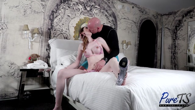 Pure-ts presents Emily Snow Pre Pool Anal Sex – 17.07.2021 00000