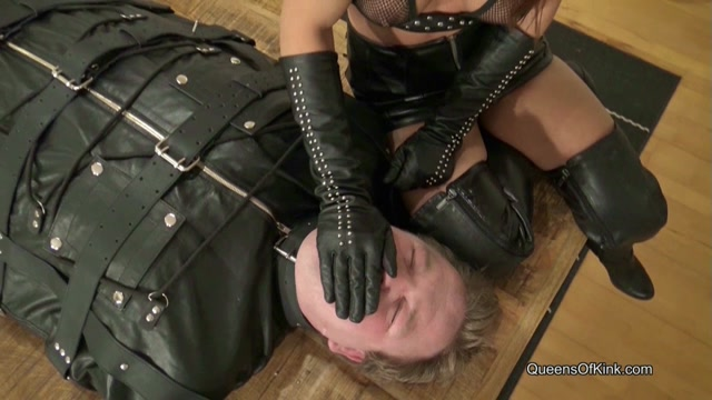 Queens of Kink - Nomi Melone - Leather Bagged Human Ashtray - Bondage 00008