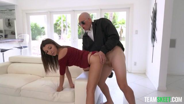 Watch Online Porn – TeamSkeet – TeamSkeetLabs presents Maya Woulfe & Samantha Reigns – Concept: Current Events – 25.07.2021 (MP4, SD, 848×480)