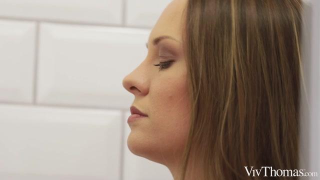 Watch Free Porno Online – VivThomas presents Berenice & Blue Angel – My First Lesbian Massage – 29.07.2021 (MP4, HD, 1280×720)