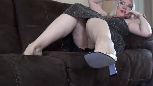 Watch Online Porn – violetbliss 20-03-2020-186270917-Gold shoes dangling Violet will dangle gold shoes for (MP4, FullHD, 1920×1080)