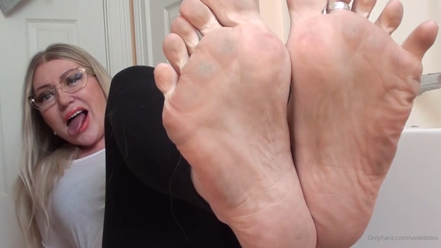 Watch Online Porn – violetbliss 28-04-2020-266713987-Violet will tease you with her dirty feet. Custom cli (MP4, FullHD, 1920×1080)