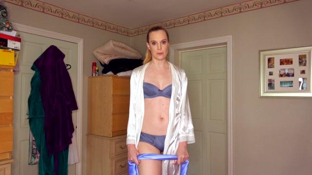 Watch Online Porn – Ariel Anderssen – Silk Scarf Tie & Tease (MOV, FullHD, 1920×1080)
