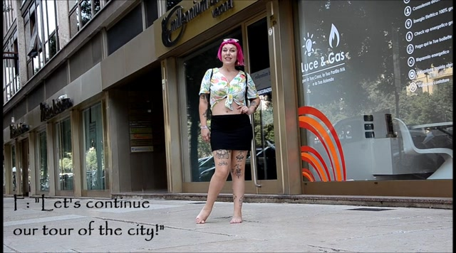 Barefoot Urban Girls - FENICE: pink-haired & filthy-soled 1 00009