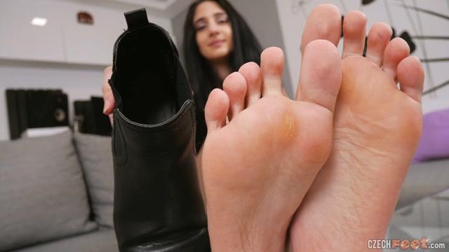 Czech Feet - 03-28-2021 Katka M. - Bare feet & Shoes 00003