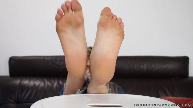 Watch Online Porn – FMUK Foot Fantasies – Belle (MP4, FullHD, 1920×1080)