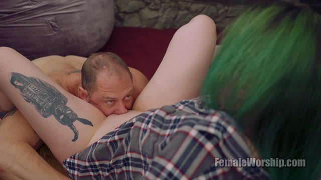 Female Worship: Paige - Tongue Fuck Me Right There 00010