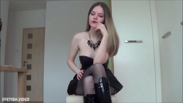 Watch Online Porn – Ladysuzanne – Your balls will suffer (MP4, FullHD, 1920×1080)