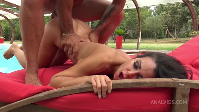 LegalPorno presents Jessy Jey deep anal destruction around swimming pool LV003 – 01.08.2021 00012