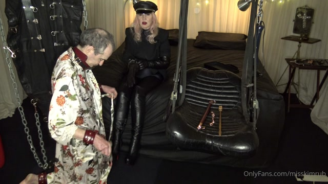 Miss Kim Rub - New Boots and New Gloves Part 1 00006