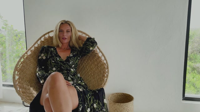 Watch Online Porn – Mona Wales – Jerking off and Fucking Your Mom (MP4, FullHD, 1920×1080)