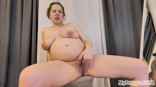 MyPreggo presents 2021-08-11 - Lina 09 - Pregnant and Naked with a Huge Dildo 00010