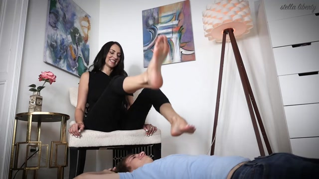 Stella Liberty – I Love Foot Domination 00008