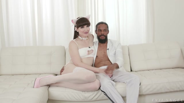 TS Natalie Mars   10 Inches Of Enthusiasm Interview – 21.08.2021 00014