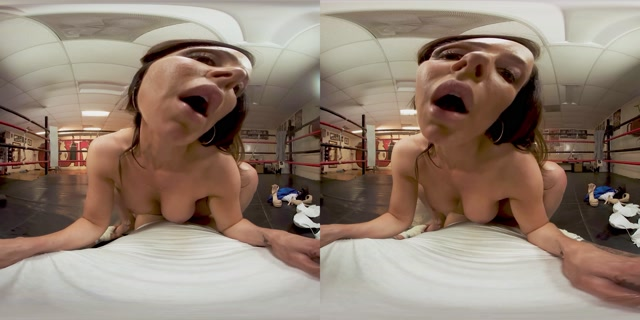 VRbangers presents Below the Belt - Kendra Lust 4K 00006