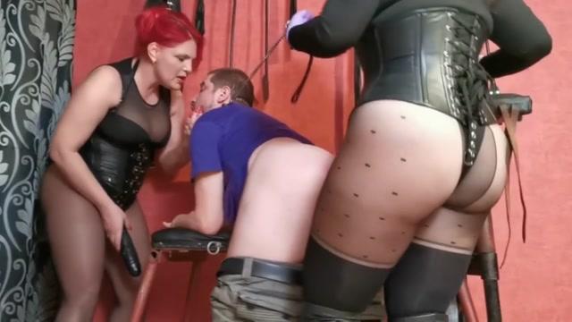 Bizarre Goddesses - Goddess Luna and Andreea delivery boy dream - double strapon fucking at job 00007
